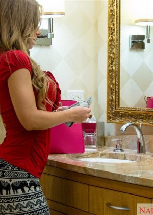 Nicole Aniston - Галерея 3484006