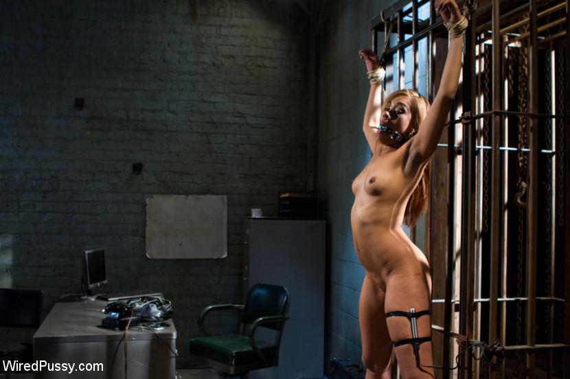 Bobbi Starr, Yasmine De Leon - Галерея 3400670