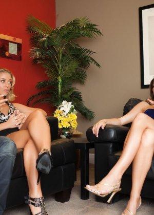 Madelyn Marie, Nicole Aniston - Галерея 3102004
