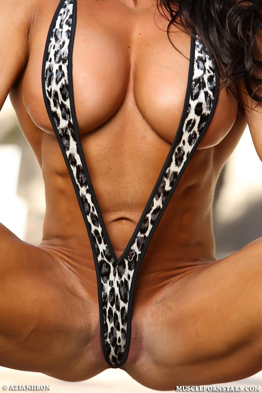 Фото культуристок в микро бикини, порно фото с участием знаменитостей
