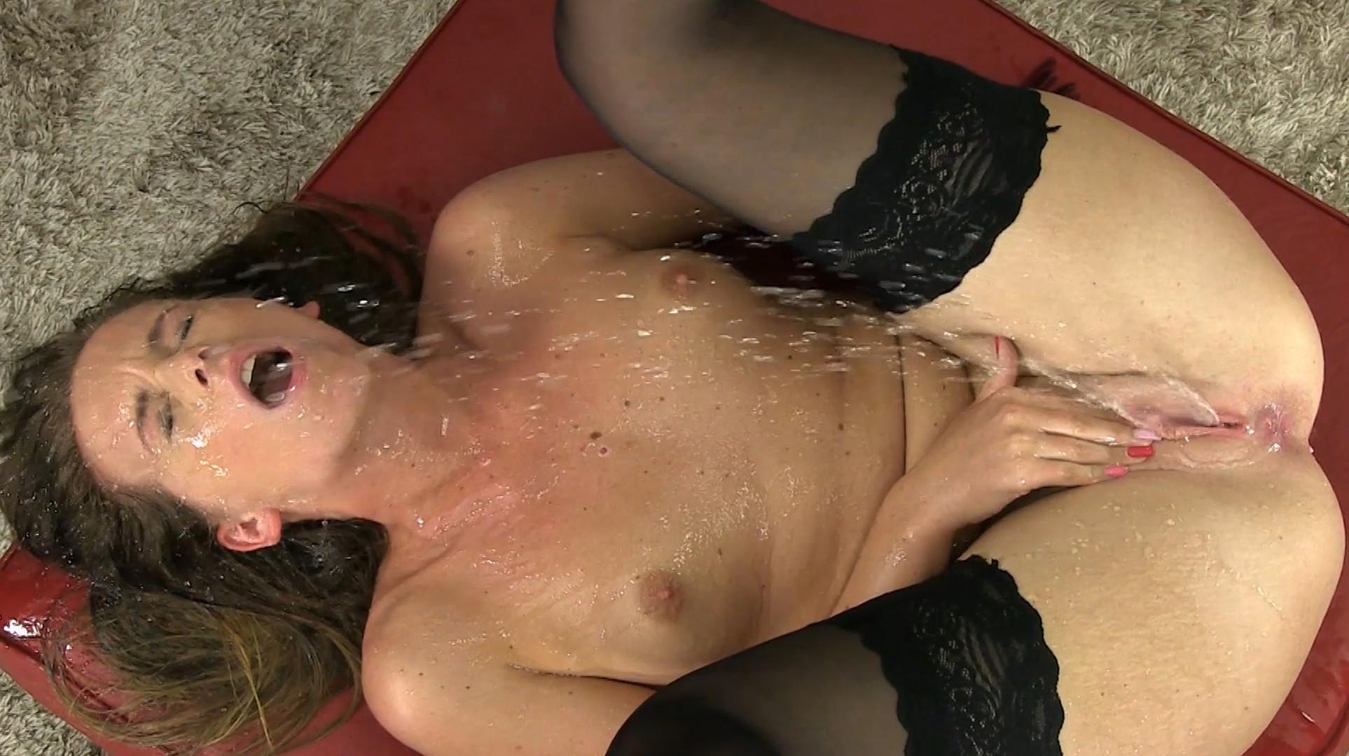 Порно любители нырнуть в пилотку совет