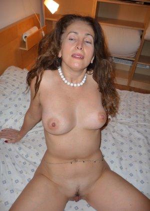 Прекрасная голая матюрка