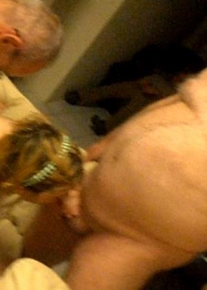Два пожилых мужика ебут молодую шлюху