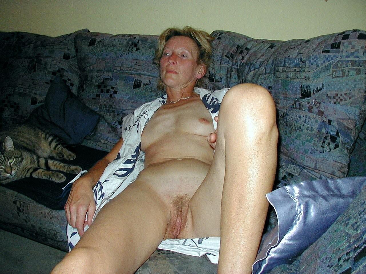 Порно зрелие фото блаженно плыла