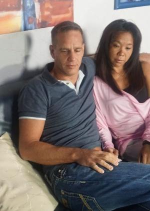 Пара немца и азиатки снялись в реальном порно