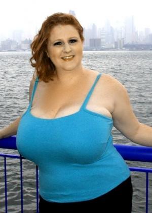 Толстая женщина потрахалась и поела сперму