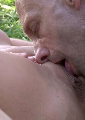 Секс с пожилым мужчиной - Фото галерея 913337