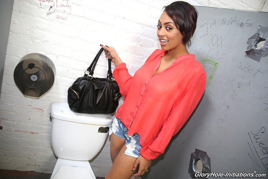 В туалете - Фото галерея 942153