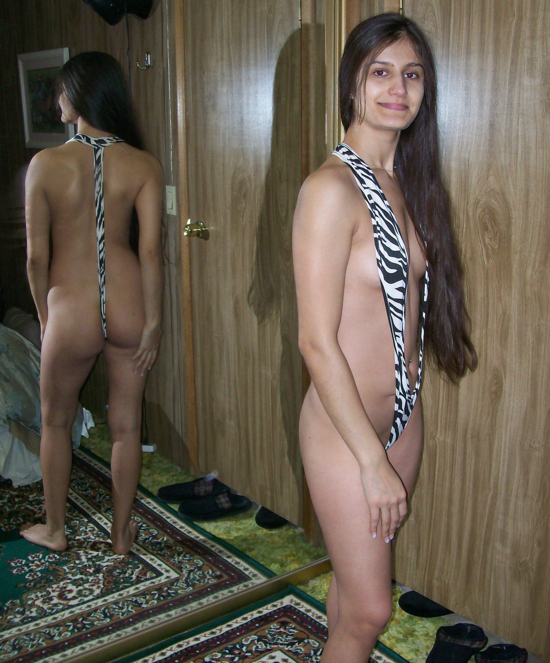 Секси девушка из Пакистана без комплексов