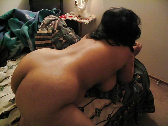 Египтянка показала широкую жопу