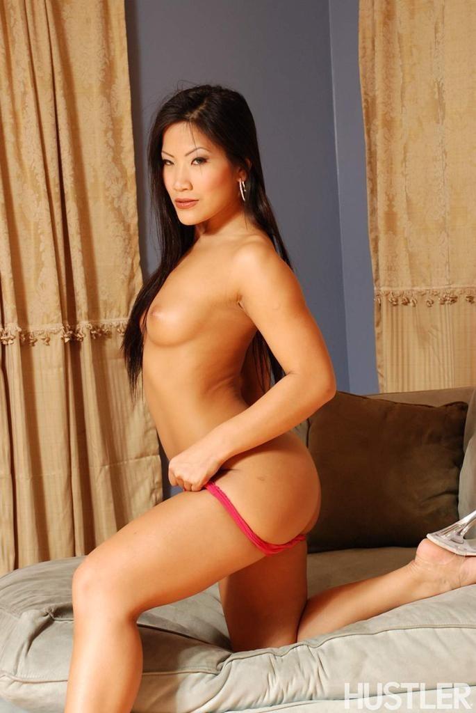 Кристина Агучи вьетнамская порно модель