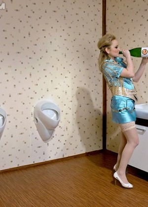В туалете - Фото галерея 783814