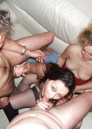 Групповой секс французских свингеров