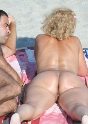 На пляже в Румынии