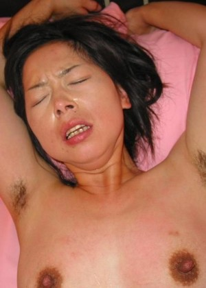 Волосатые подмышки китаянок
