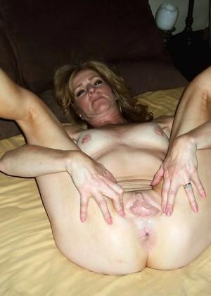 Зрелая жена из Канады