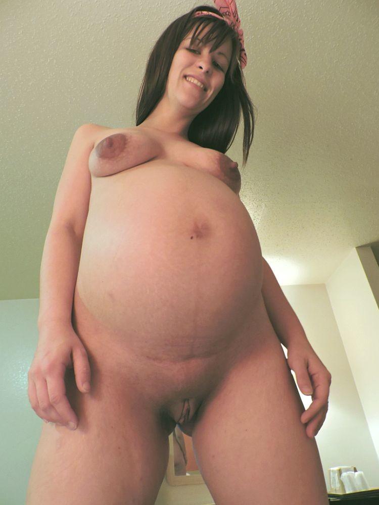 Беременная Линдси не прочь перепихнуться