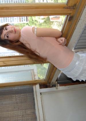 Молодая армянка с большими сиськами