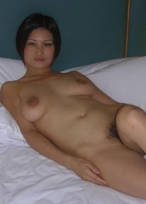 Приятная китайская проститутка