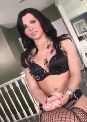 МЖМ порно с Rebeca Linares