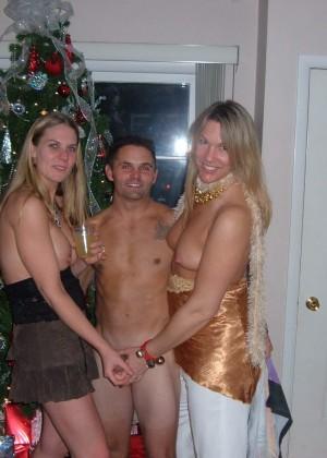 А как вы празднуете Новый Год? - компиляция 1