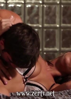 Нежный секс с Presley Hart