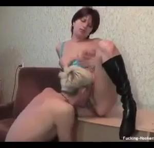 Деревенская девка и какой-то гей снялись за деньги в грустной порнушке