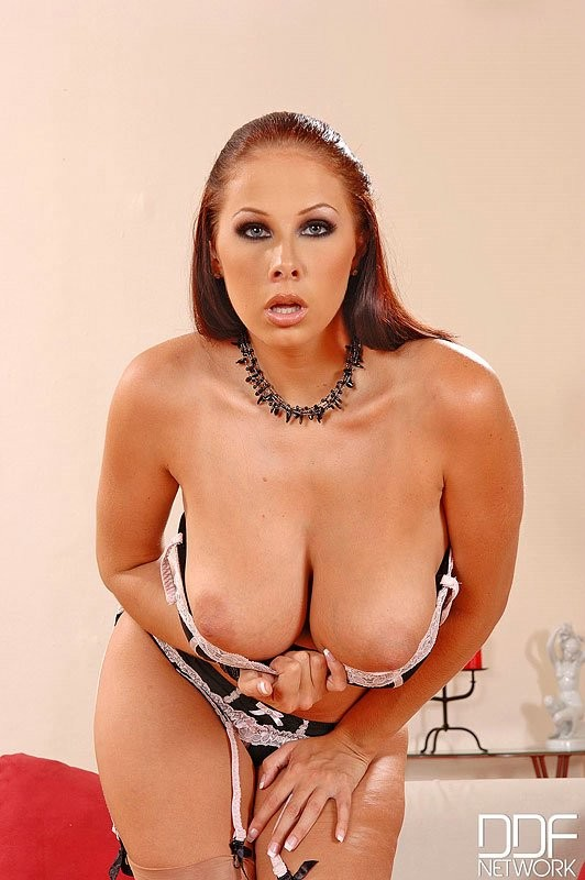 Gianna Michaels - Галерея 3409456