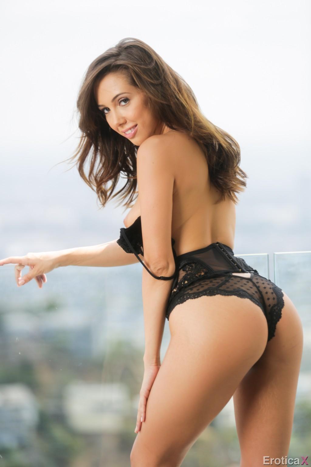 Riley Reid, Jenna Sativa - Галерея 3493492