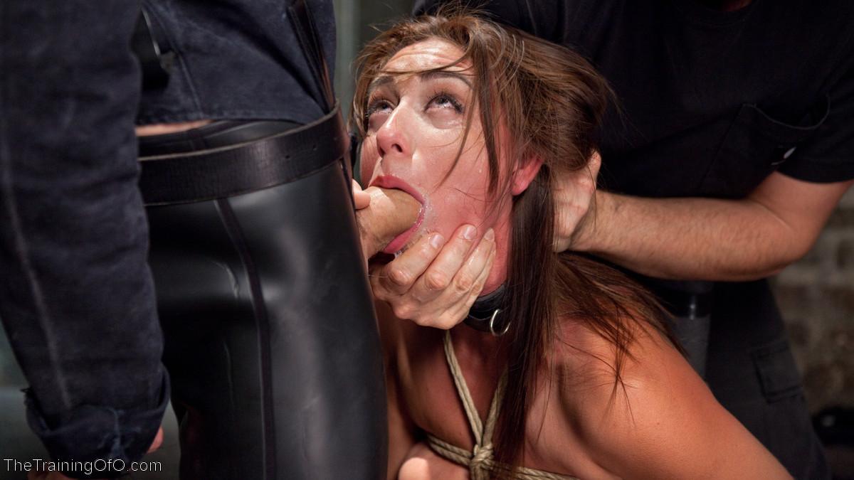 Связанную девушку жестко имеют, а она не может сопротивляться и принимает любое обращение