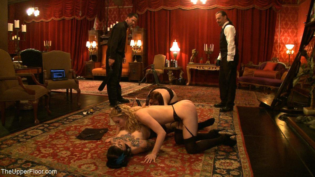 Девушки оказываются связаны и готовы показывать своим господам настоящее шоу для их удовольствия