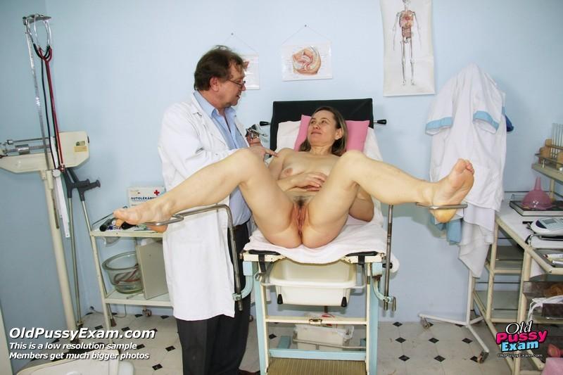 razvratnoe-porno-s-ginekologom