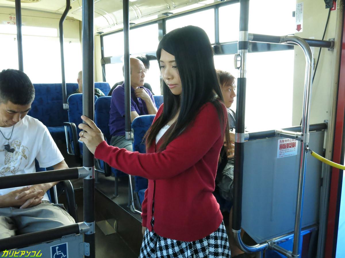 Что вытворяют в автобусе 9 фотография