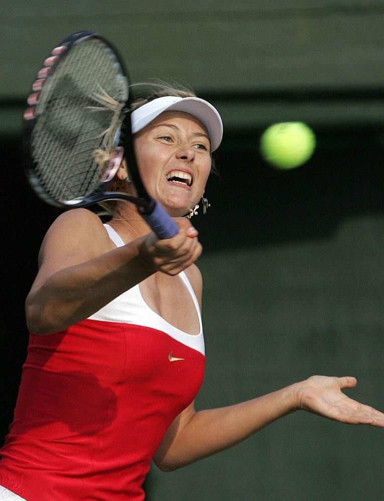 Эмоциональная русская теннисистка Maria Sharapova