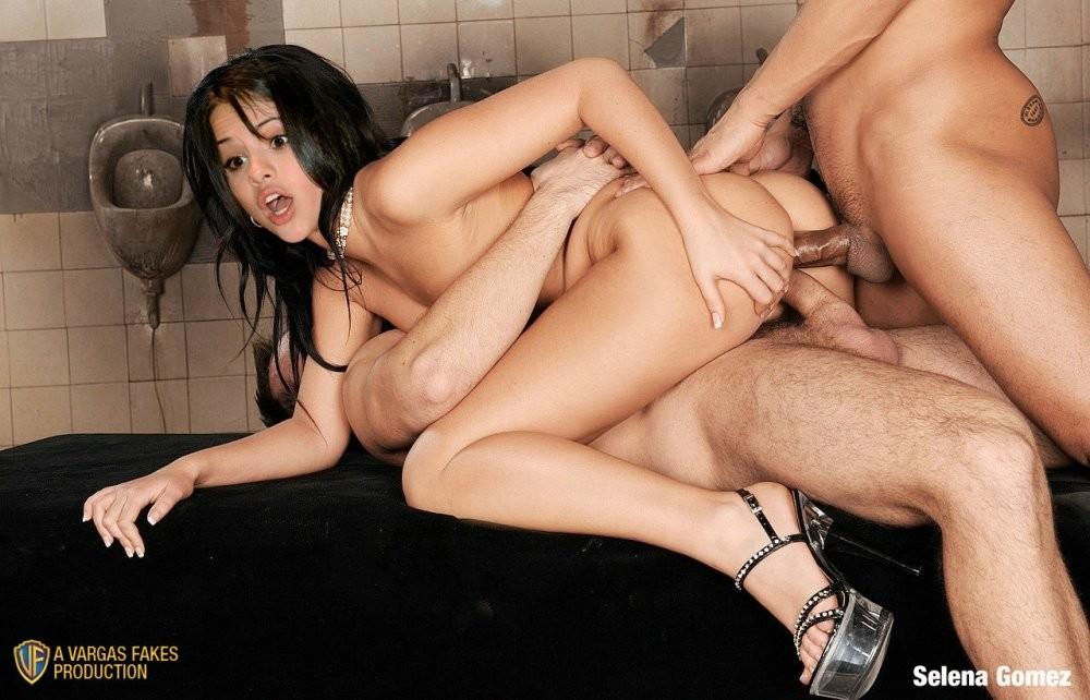 Селена Гомез любит чувствовать в себе несколько больших членов и сперму на лице