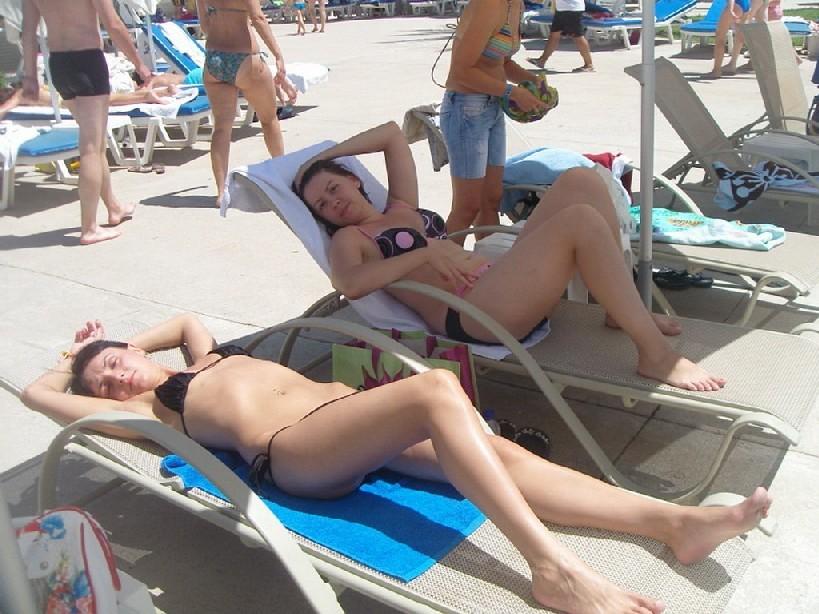 Фото красивых девушек которые отдыхают на море и наслаждаются диким кайфом
