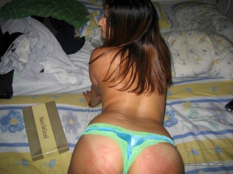 Любительское порно от симпатичной латинки, она сексуальна и красива, телка заведет каждого