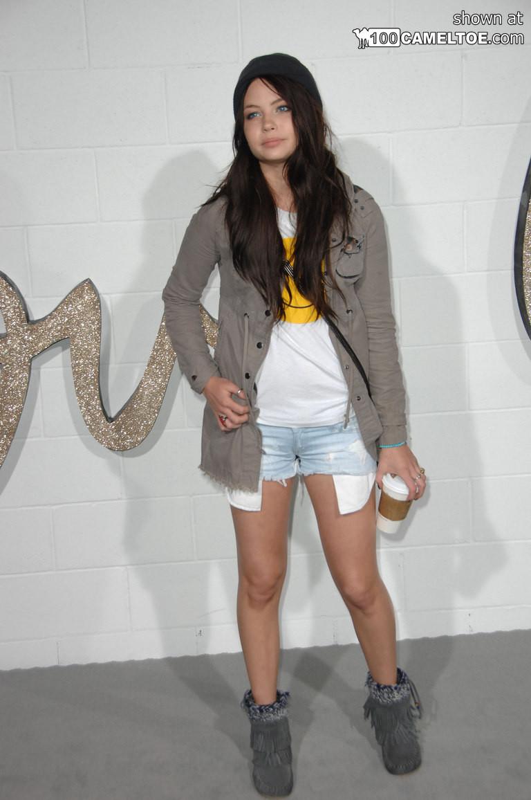 Знаменитая модель пришла на сьемки нового видео с её участием
