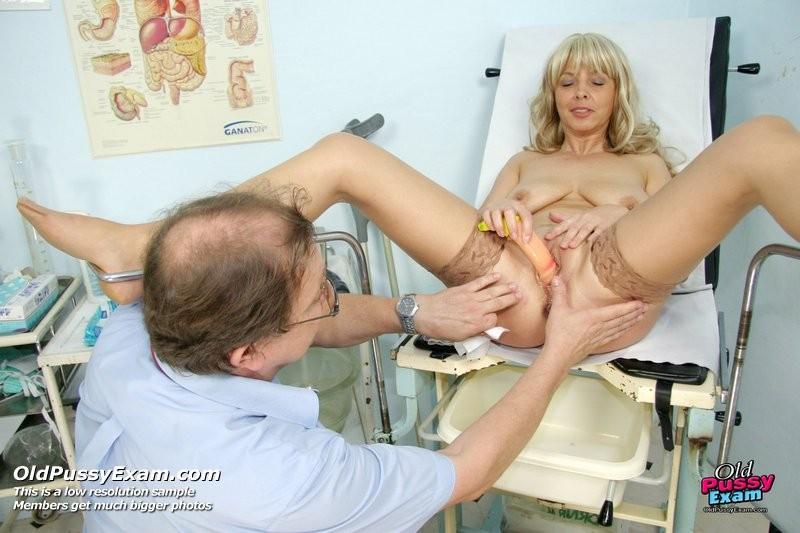 Порно реальный осмотр у гинеколога