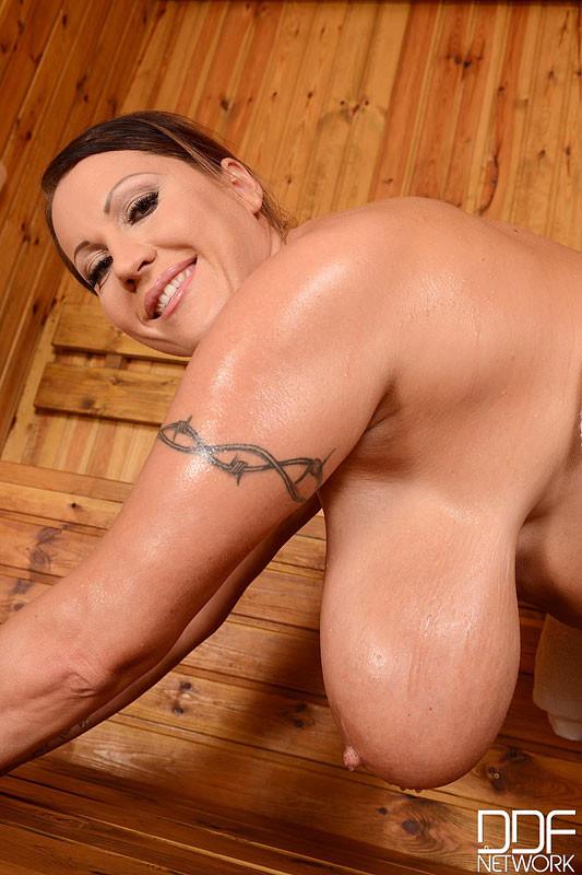orsolya nude laura