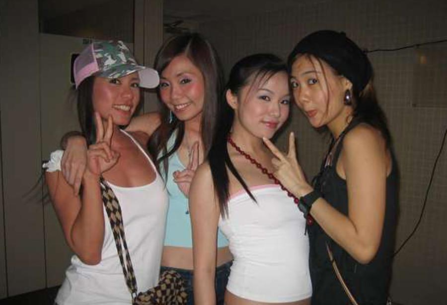 Галерея фото скромных азиаток с нежными сексуальными телами