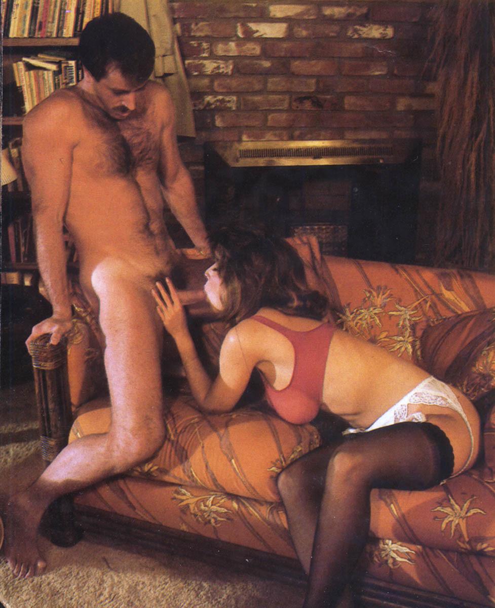 Кристи Каньен очень любит секс – это можно увидеть на винтажных фотографиях этой сексуальной галереи