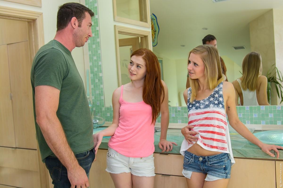 Две подруги Алиса и Рашель пробрались в дом к соседу