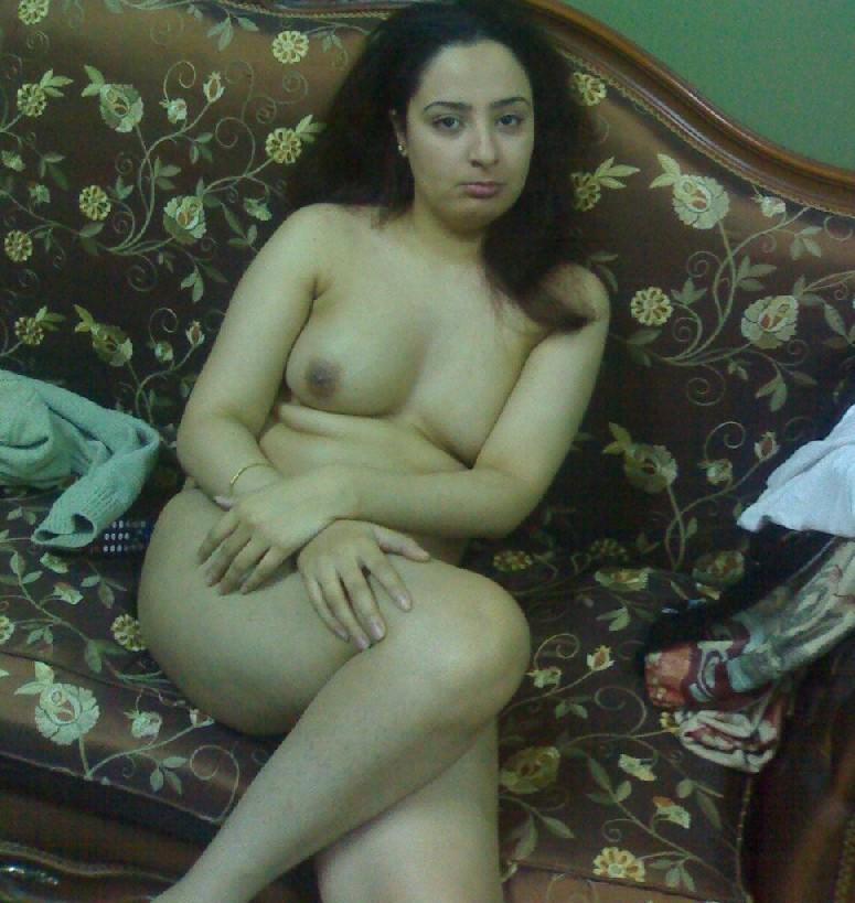 фото голые актрисы индии