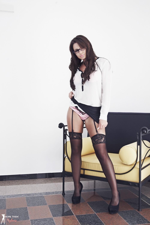 Кэт Ди обладает сексапильной фигурой, которой можно только восхищаться - она возбудит любого