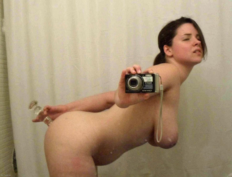 Девушки фотографируют себя, давай любоваться своими шикарными телами – все они разные, но по-своему сексуальны