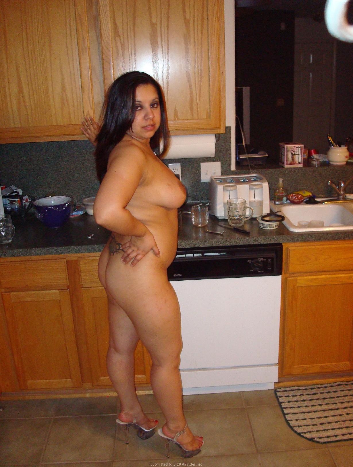 Горячие любительские фото красивых девушек в домашних условиях