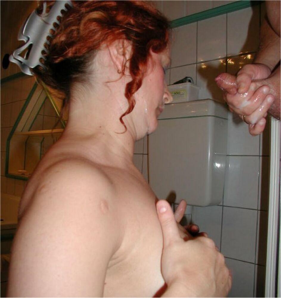 Беременные телочки показывают свои тела перед камерой – они готовы полностью раздеться