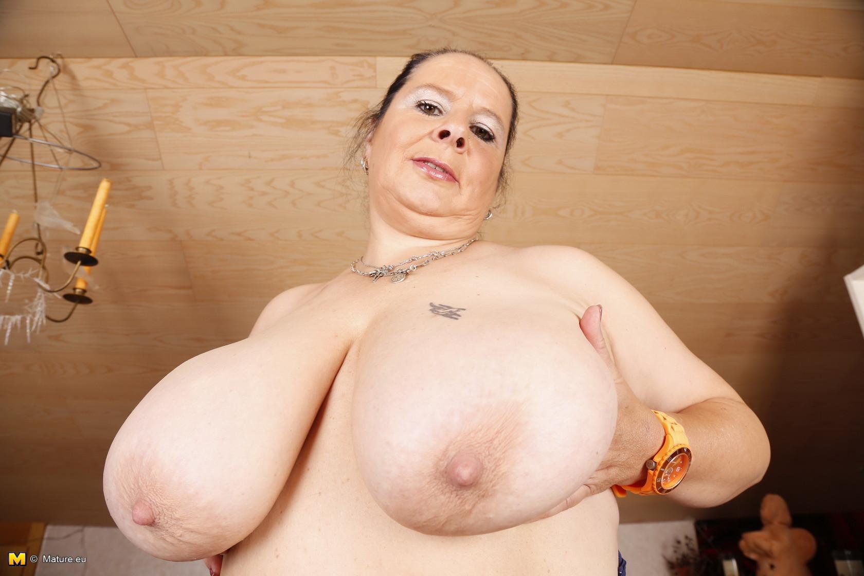 Сиськи у голых толстушек, Голые толстушки частные секс фото 13 фотография