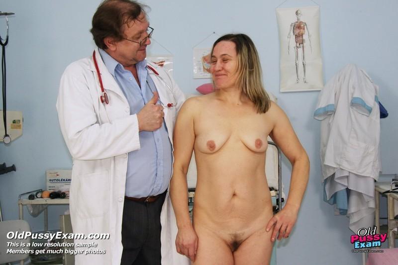 Порно развратные гинекологи